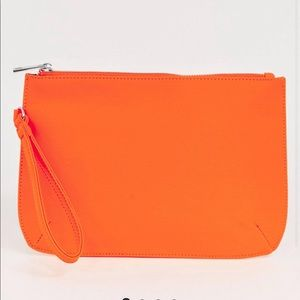 🖤 Never worn neon orange clutch